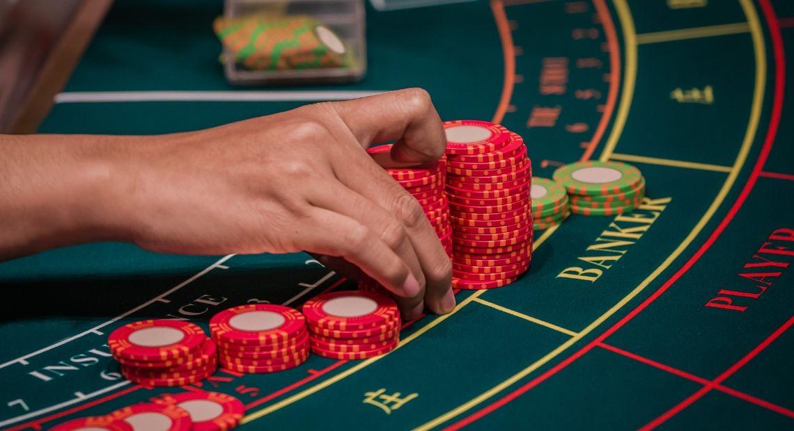 Take Advantage Of Online Gambling Establishment Betting - Gambling