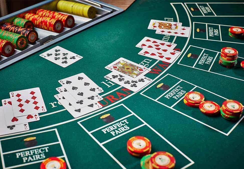 Ten Issues You've Got In Common With Casino