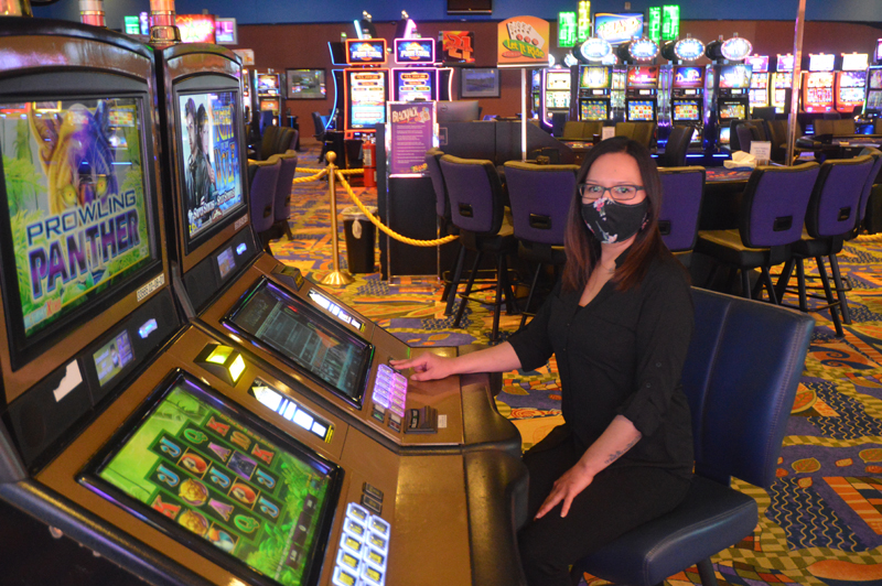 Things You Must Know About Gambling Online