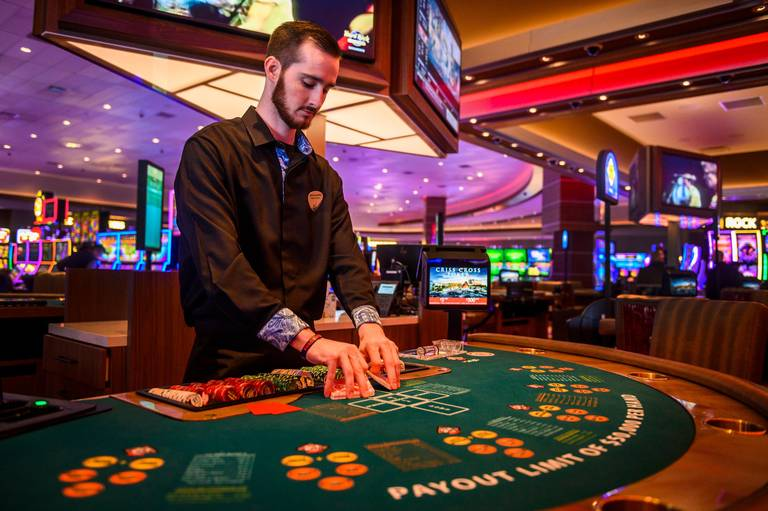 The Right Way To Be Happy At Casino - Not!